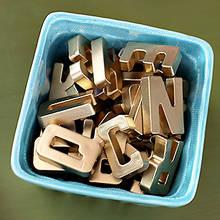 Jak zrobić magnesy w kształcie literek na lodówkę?