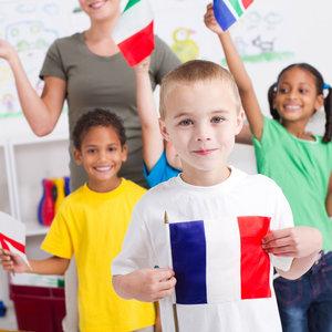 Jak pomóc Anglikowi nauczyć się polskiego?