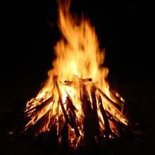 Jak rozniecić ogień, nie używając zapałek?