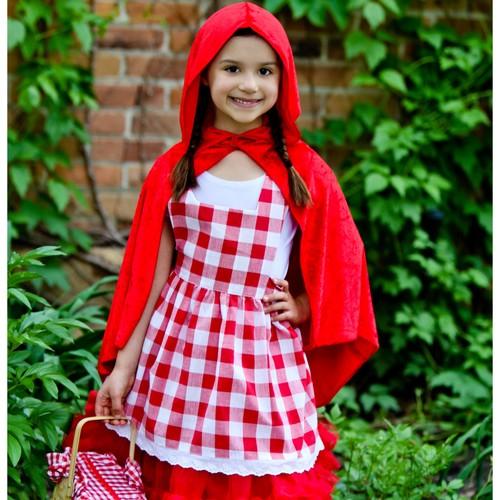 Jak przygotować strój Czerwonego Kapturka dla dziecka?