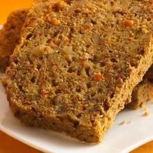 Jak upiec chleb marchewkowy z cynamonem?