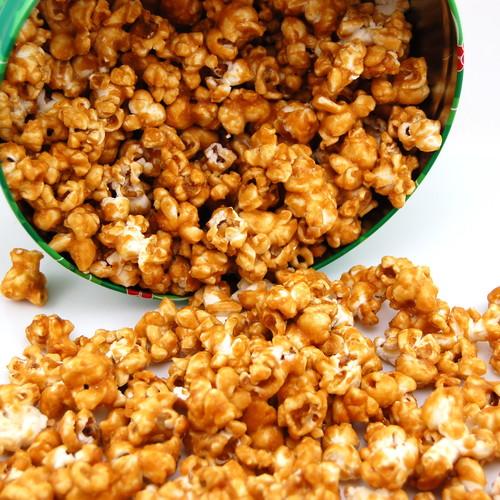 Prosty sposób na popcorn karmelizowany z mikrofalówki