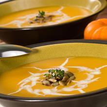 Jak przyrządzić zupę kokosowo-dyniową?