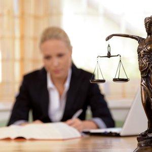 Płatności i stawki u prawników