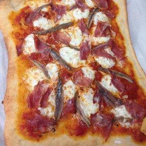 Sposób przyrządzania sosu anchois do pizzy