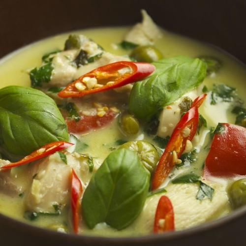 Jak zrobić oryginalne tajskie zielone curry?