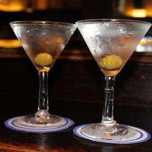 Jak przyrządzić dobre Martini Dry?