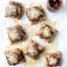 Ciastka francuskie z Nutellą i piankami marshmallow – jak je zrobić?