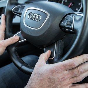 Co mogą oznaczać drgania kierownicy?