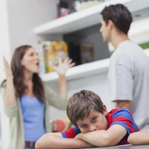 Jakie są zasady kłócenia się przy dziecku?