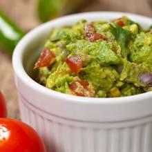 Jak przygotować guacamole ze szparagami?