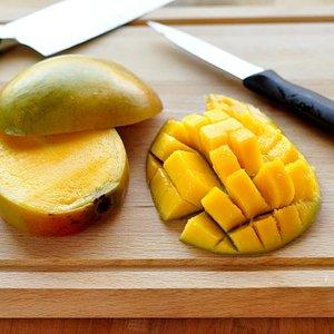 Nacinanie mango