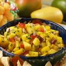 Jak przygotować oryginalną salsę z kiwi i mango?