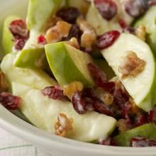 Prosty sposób na sałatkę owocową z jabłkami