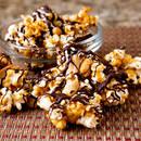 Jak przyrządzić popcorn karmelowo-czekoladowy?