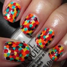 Jak ozdobić paznokcie kropkami?