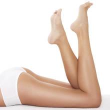 Jak skutecznie zatuszować naczynka na nogach?