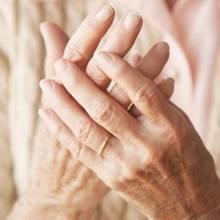 Jak objawia się reumatoidalne zapalenie stawów?
