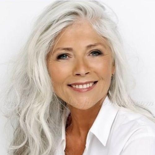 Jak odpowiednio dbać o siwe włosy?