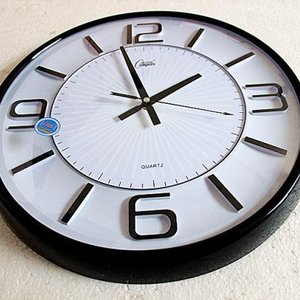 Zegary a zła aura