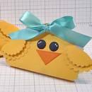 Jak przygotować kartkę w kształcie kurczaczka?