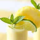 Jak przyrządzić doskonały koktajl ananasowy?