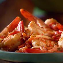 Jak przyrządzić pyszne krewetki z pomidorami?
