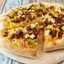 Prosty sposób przyrządzenia pizzy śniadaniowej