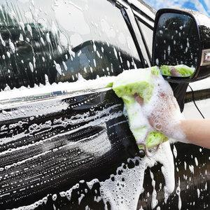Ręczne mycie auta – krok trzeci