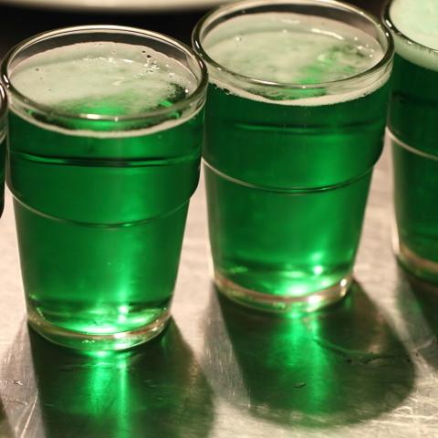Jak przyrządzić zielone piwo?
