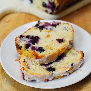 Jak przyrządzić pyszne ciasto cytrynowe z borówkami amerykańskimi?
