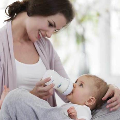 Skuteczne sposoby zachęcenia dziecka do butelki