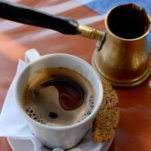 Jak zrobić oryginalną kawę po grecku?