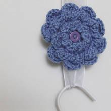 Broszka-kwiatek dla mamy – jak ją zrobić?