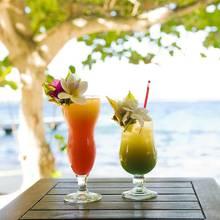 Bora Bora – jak przyrządzić drink na imprezę?