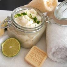 Jak zrobić peeling cukrowo-miodowy?