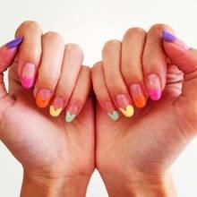 Jak pomalować paznokcie w serduszka?