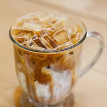 Prosty sposób na rewelacyjną kawę mrożoną