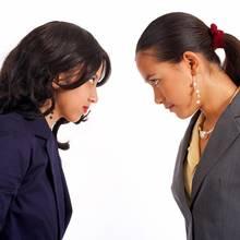 Jak sobie radzić z konfliktami w pracy?