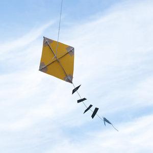 Jak zrobić latawiec – krok siódmy