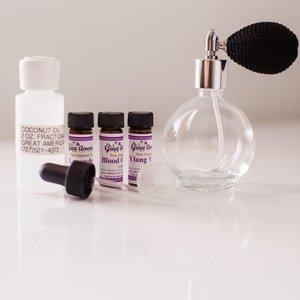 Jak zrobić przyjemne perfumy bezalkoholowe?