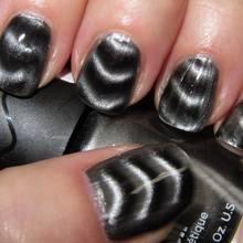 Zasady malowania paznokci lakierem magnetycznym