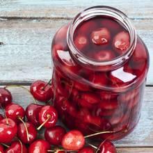 Jak przygotować wiśniowy kompot na zimę?
