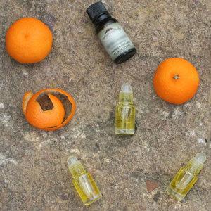 Jak przygotować perfumy kwiatowo-owocowe?