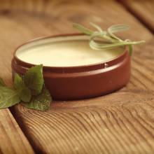 Jak przygotować dezodorant domowym sposobem?