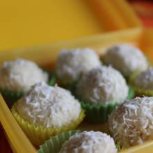 Jak przygotować smaczne kulki z kokosem?