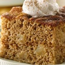 Jak upiec pyszne ciasto z jabłek i cynamonu?