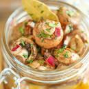 Jak przygotować smaczne podgrzybki marynowane?