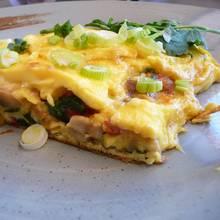 Jak przyrządzić omlet z grzybami i krewetkami?