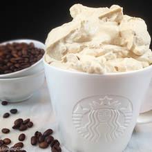 Jak przygotować mrożoną kawę z bitą śmietaną?